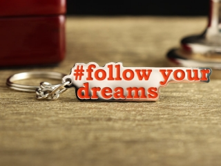"Брелок ""Follow your dreams"""