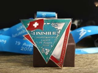 """Медаль """"Seeüberquerung Luzern"""""""