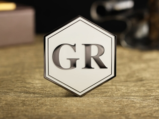 "Шильд ""GR"""